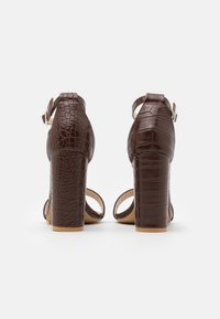 Glamorous Wide Fit - High heeled sandals - coffee - 3