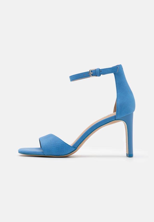OLLILLE - Sandały - blue