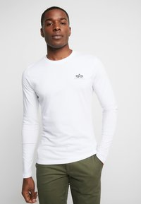 Alpha Industries - 198517 - Long sleeved top - white - 0
