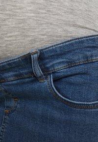 MAMALICIOUS - MLSAVANNA ORGANIC SKIRT - Spódnica mini - light blue denim - 2