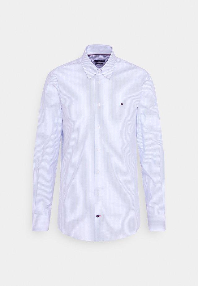 POPLIN WIDE STRIPE SLIM FIT - Camicia - light blue/white