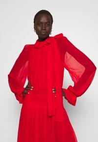 Victoria Beckham - DRAPED GATHERED DRESS - Vestito elegante - red - 4