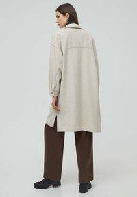 PULL&BEAR - Classic coat - beige - 2