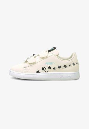SMASH V - Sneakers laag - eggnog-puma black