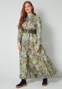 Sara Lindholm - Maxi dress - oliv,flieder - 1