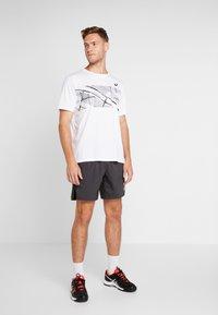 ASICS - TENNIS SHORT - Sports shorts - graphite grey - 1