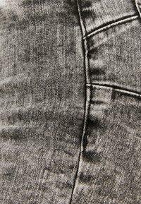 TALLY WEiJL - Jeans Skinny - grey denim - 5