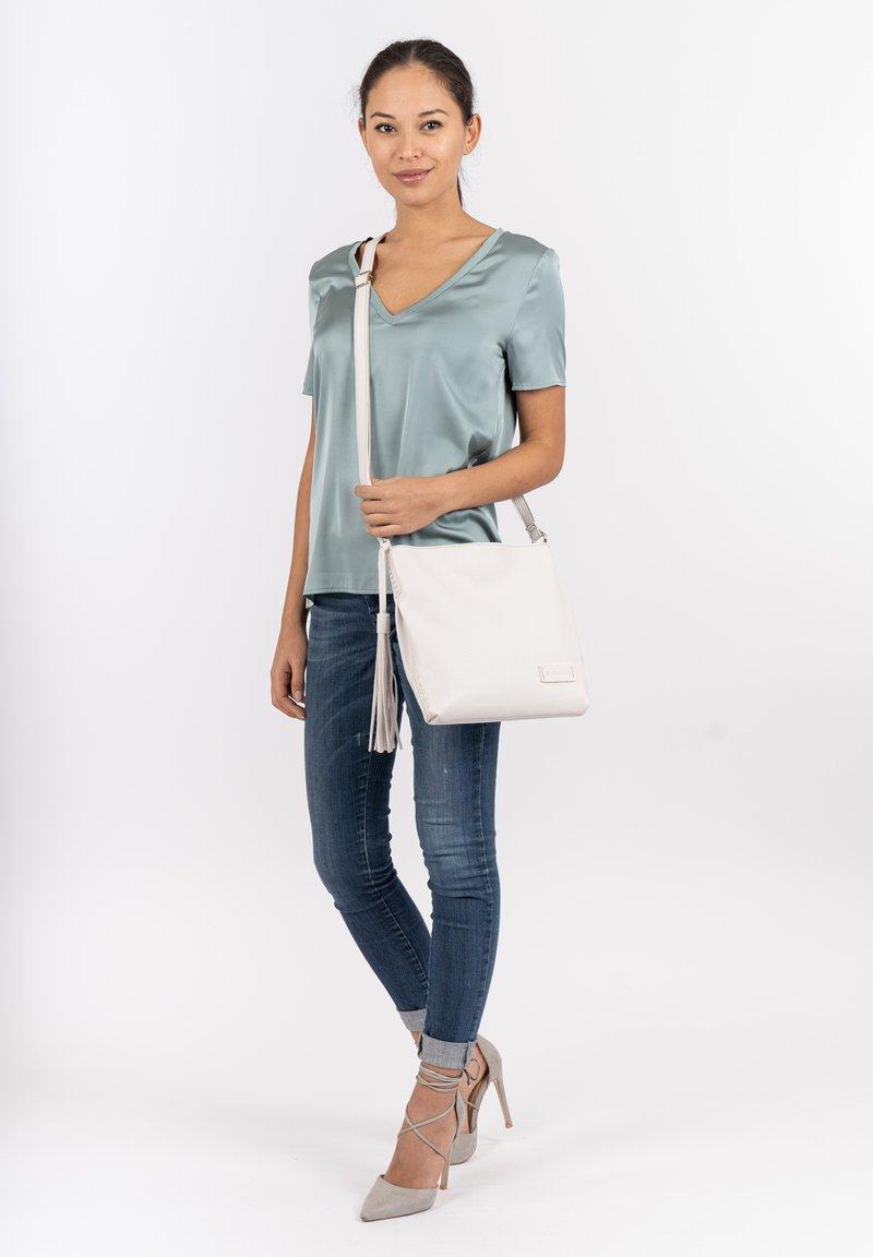 SURI FREY - STACY - Handbag - white
