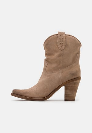 STONES - High heeled ankle boots - marvin