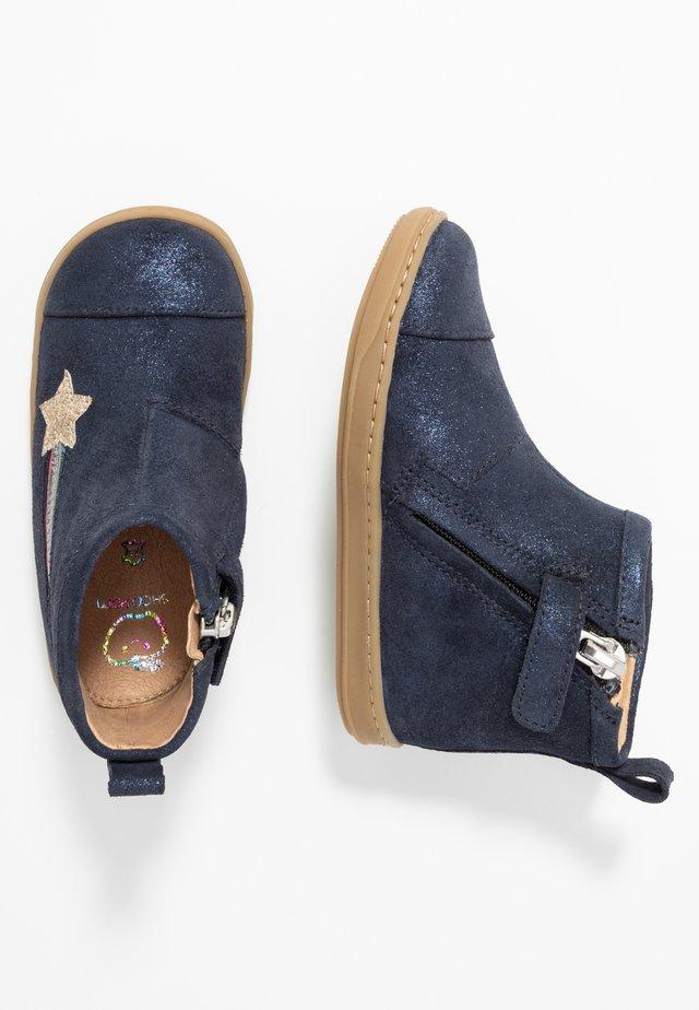 BOUBA HALLEY - Classic ankle boots - blue/multicolor