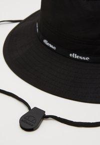 Ellesse - RUBI BUCKET UNISEX - Hatt - black - 2