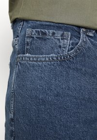 Cotton On - ROLLER SHORT - Denim shorts - coogee blue - 5