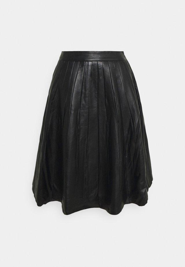 JOSE PLISSE LEATHER SKIRT  - Falda de cuero - black