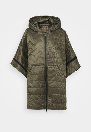 MANTELLA IMBOTTITA MIX TRAPUNTE - Winter coat - verde alpino