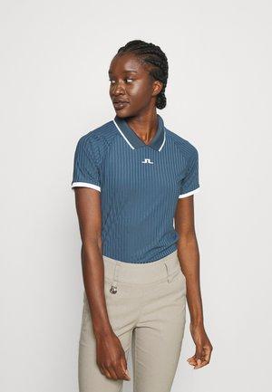 SEVINA GOLF - T-shirt imprimé - orion blue