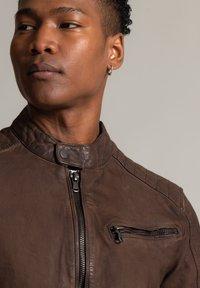Autark - Leather jacket - dunkelbraun - 3