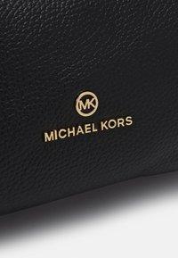MICHAEL Michael Kors - MINA CHAIN TOTE - Handbag - black - 5