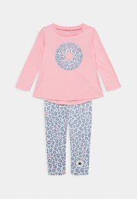 Converse - LEOPARD SET - Leggings - Trousers - coastal pink - 0