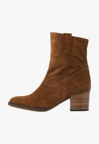 Gabor Comfort - Cowboy/biker ankle boot - cognac - 1