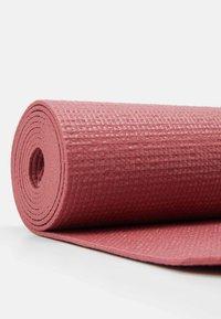 Casall - EXERCISE MAT BALANCE - Fitness / yoga - comfort pink - 2