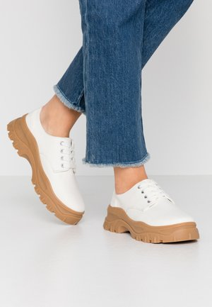 LINDA LACE UP SHOE - Casual lace-ups - white