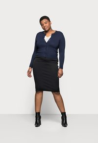 Marks & Spencer London - CREW CARDI PLAIN - Strikjakke /Cardigans - dark blue - 1