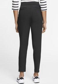 Nike Golf - FLEX  VICTORY - Kalhoty - black - 2