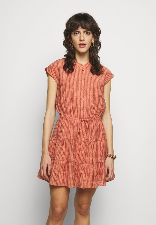 OLLIE DRESS - Day dress - peach