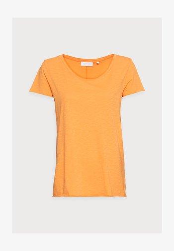SLUB SHIRT - Basic T-shirt - golden orange