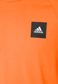 adidas Performance - TEE - T-shirt z nadrukiem - truora - 2