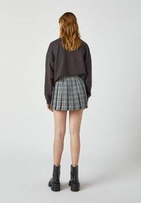 PULL&BEAR - A-snit nederdel/ A-formede nederdele - mottled grey - 2