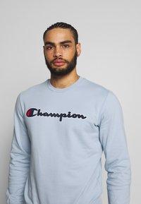 Champion - ROCHESTER CREWNECK  - Collegepaita - light blue - 3