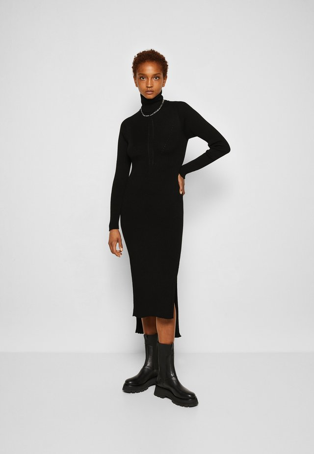 Jumper dress - black