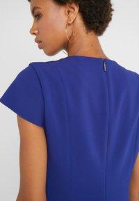 Strenesse - DRESS DORAIA - Vapaa-ajan mekko - yves blue - 3