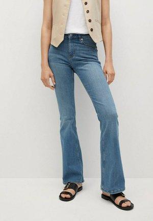 Flared Jeans - medium blue