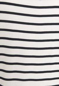 TOM TAILOR DENIM - STRIPED RELAXED TEE - Print T-shirt - navy/white - 2