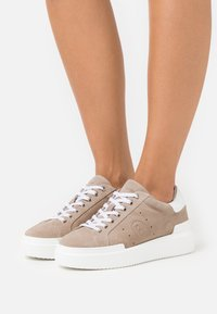 Bogner - HOLLYWOOD  - Trainers - ivory - 0