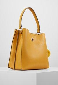 L. CREDI - DIDO - Handbag - gelb - 3