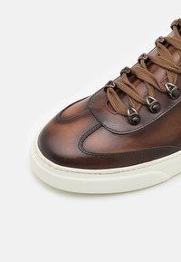 Giorgio 1958 - Sneakers laag - cognac - 5