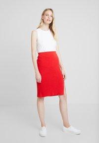 Taifun - Blyantnederdel / pencil skirts - lipstick red - 1