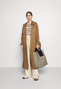 MAX&Co. - CATALOGO - Trenchcoat - brown - 1