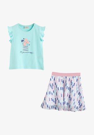 SET - A-line skirt - turquoise