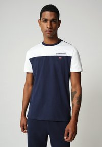 Napapijri - S-ICE COLOUR BLOCK - Print T-shirt - medieval blue - 0
