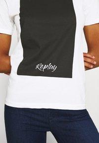 Replay - Print T-shirt - optical white - 6