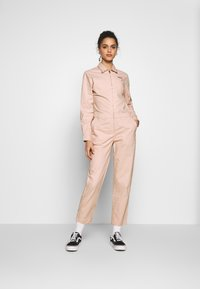 Vans - SANDY JUMPSUIT - Haalari - lotus - 1