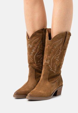 TEO - Cowboy-/Bikerlaarzen - brown