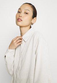 Gina Tricot - CORY - Skjorte - whitecap gray - 3