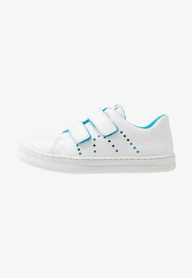 RUNNER FOUR - Trainers - white