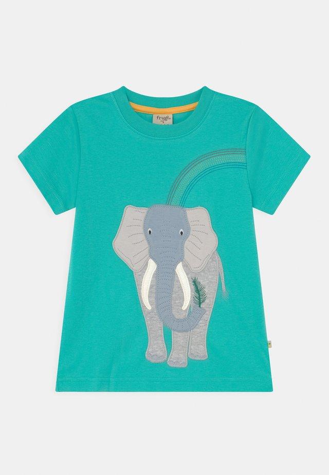 CARSEN APPLIQUE ELEPHANT - T-shirt con stampa - pacific aqua