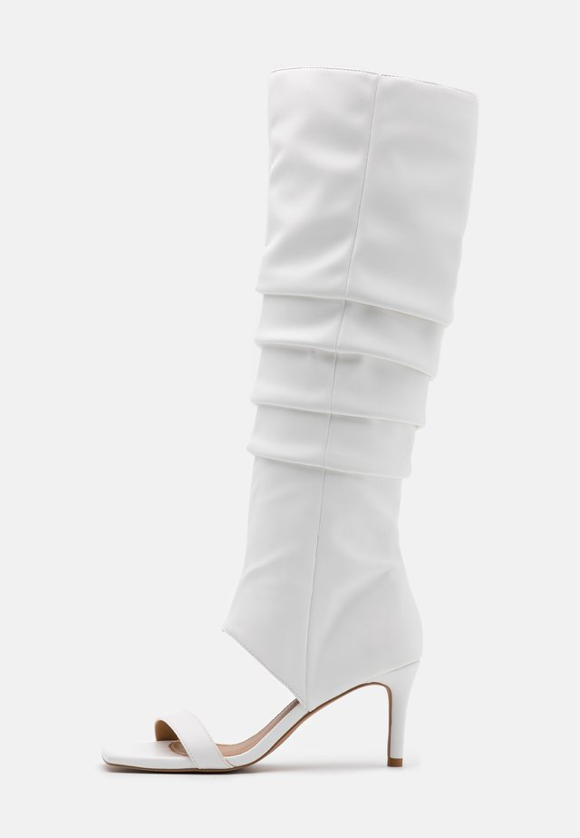 SLOUCHY  - Sandales classiques / Spartiates - offwhite